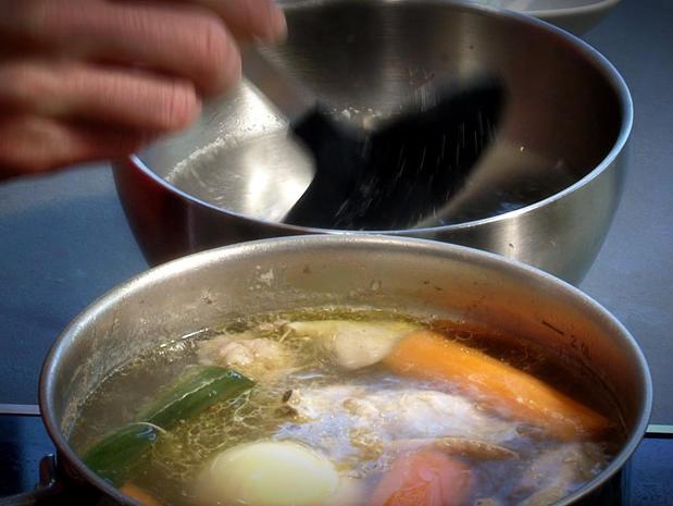 Dépouiller une sauce