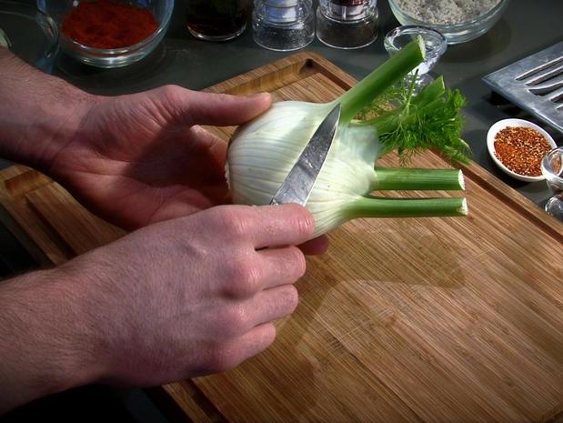 Préparer, tailler et émincer le fenouil