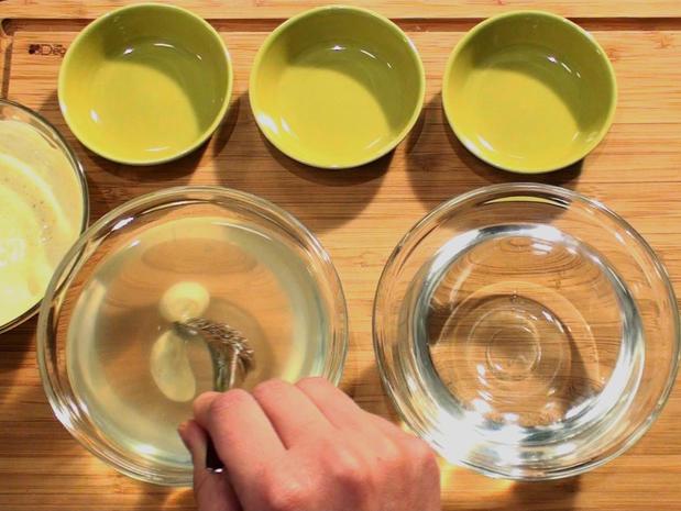 Réaliser des capsules de yaourt au curry