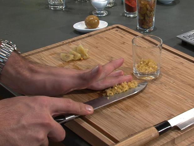 Couper un citron confit en salpicon