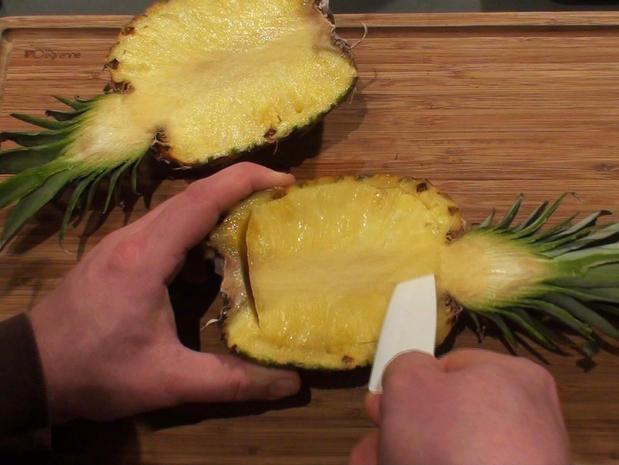 Vider un ananas pour le garnir